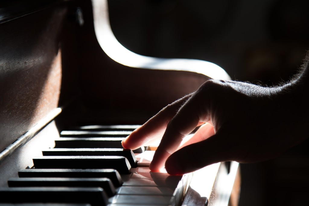 Best Ways To Learn To Play The Piano